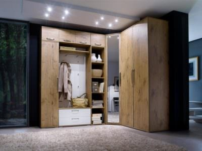 Шкаф-Угловой Распашной с Вешалкой для Одежды
